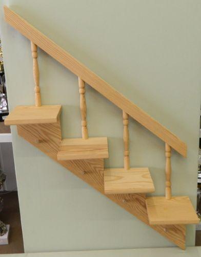Holztreppe rechts