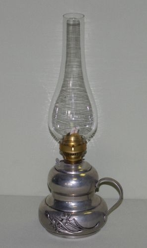 Öllampe mit Zinnunterteil
